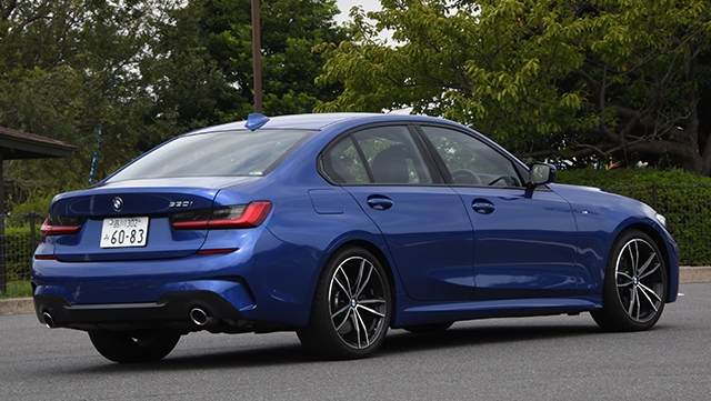 <span class='fc_blue'>BMW 3シリーズ</span>