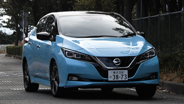 <span class='fc_blue'>日産 リーフe+ <br>NISSAN LEAF e+</span>